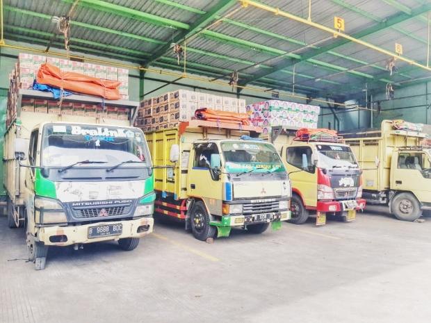 pusat jasa pengiriman barang via kargo darat dan kontainer jakarta