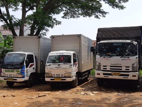 Ekspedisi cargo darat Surabaya-Jakarta